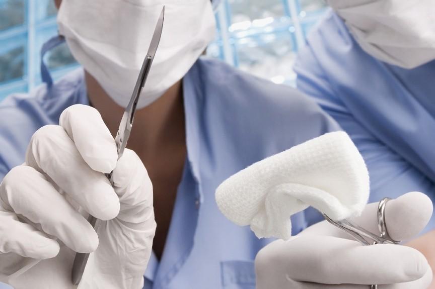 medical-scissors